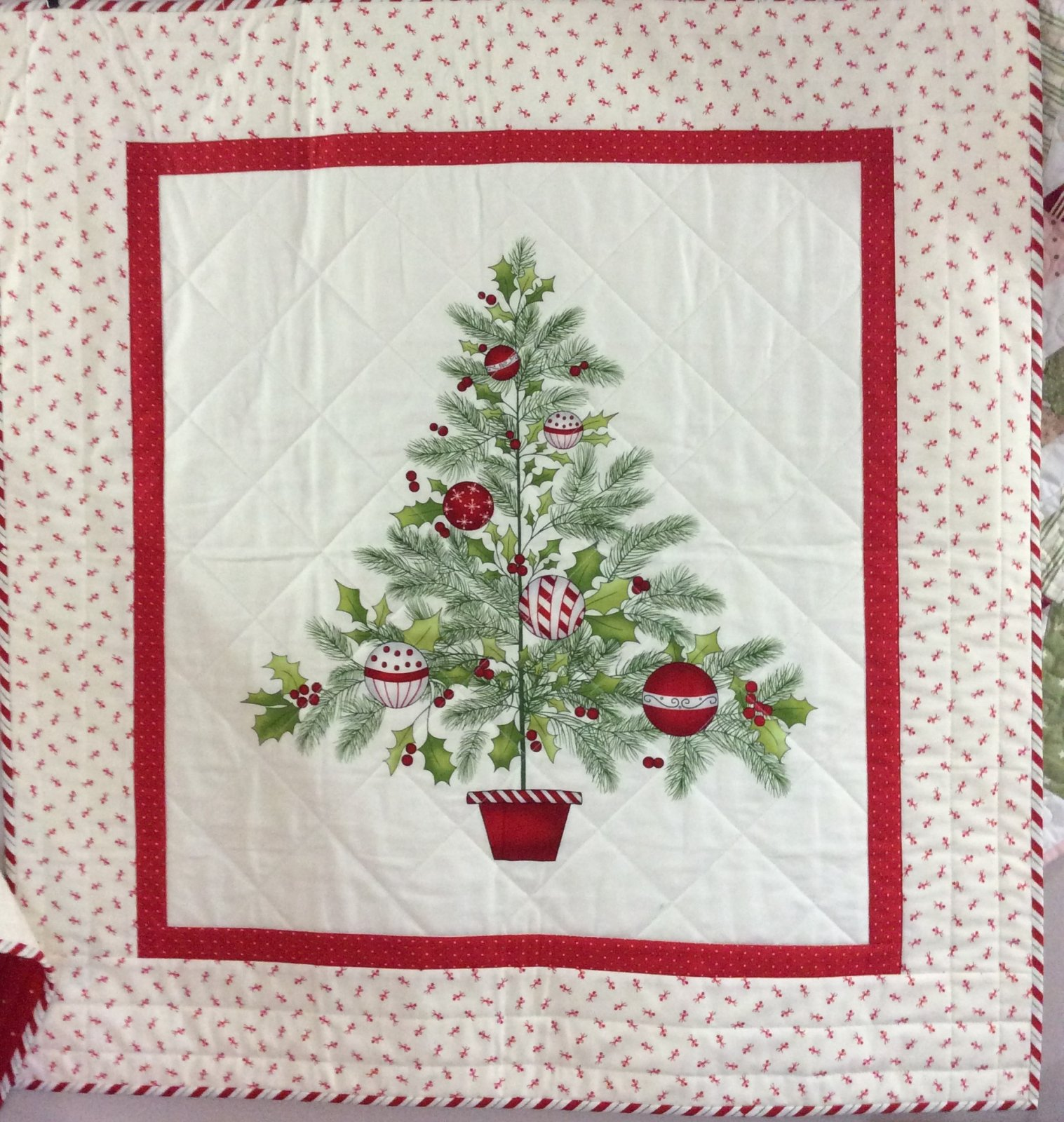 Ring the Holly Tree Kit -- PGK