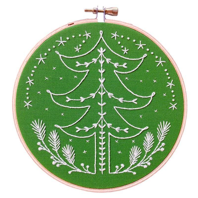 Tannenbaum embroidery kit