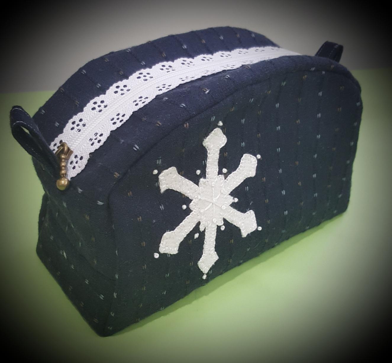 Little Lacie Bag - Snowflake Variation