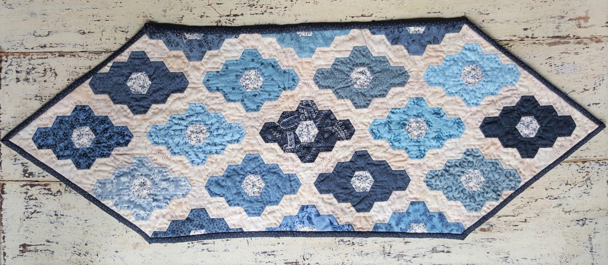 Diamond Runner Hexie Fabric Kit