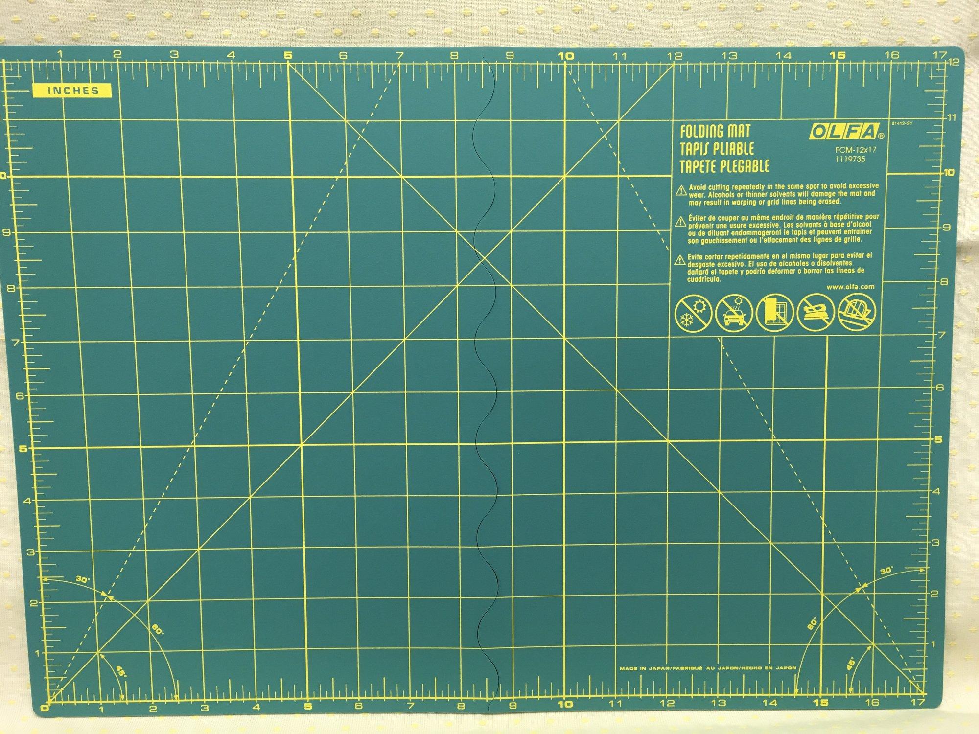 OLFA Folding Mat 12x17