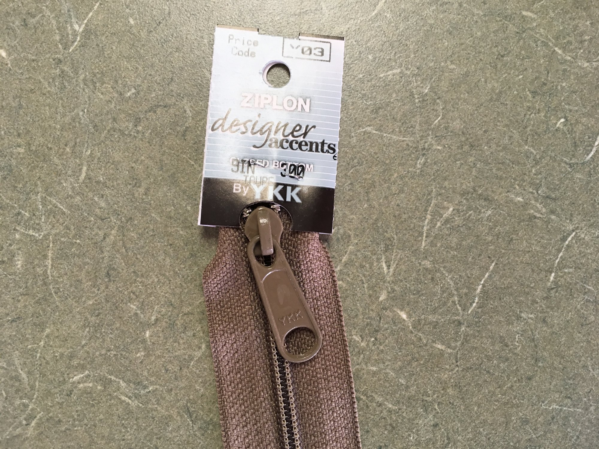 9 inch Taupe Y03 Designer Accents Zipper