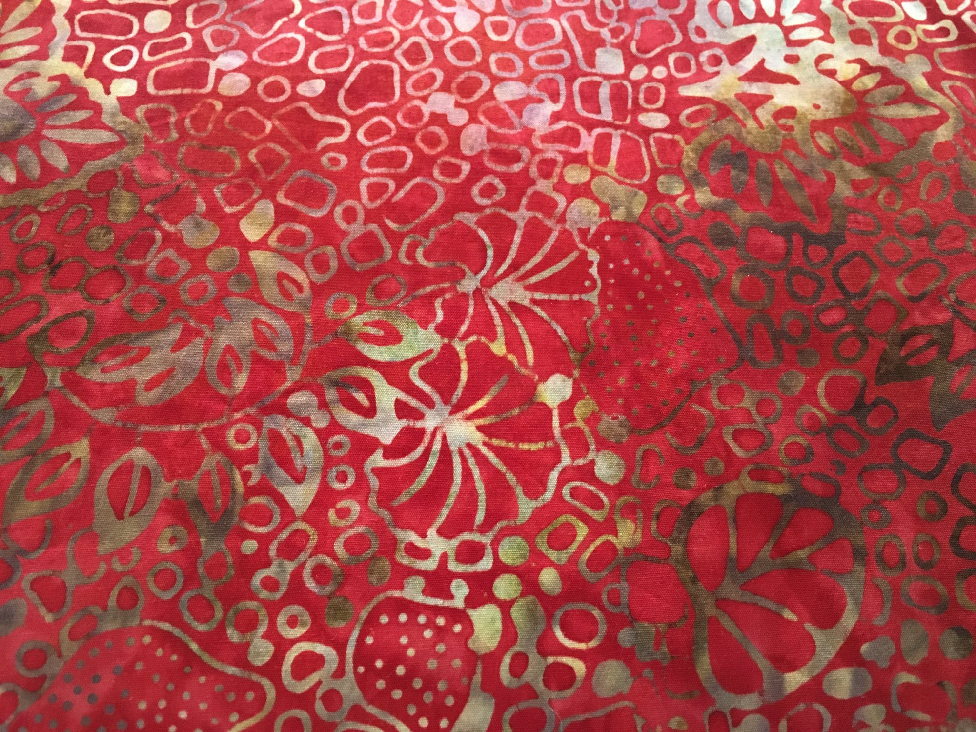 BATIK CALYPSO BALIS RED CREAM 0703010 Benartex Batiks