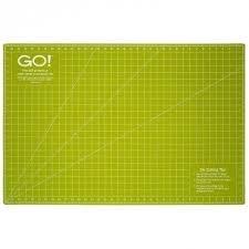 Accuquilt Go! Rotary Cutting Mat (24 x 36)