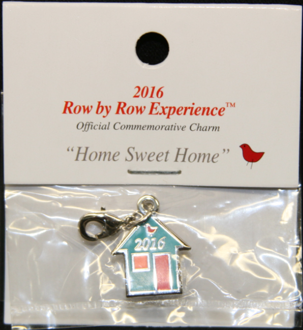 W18123 Charm Row by Row 2016 Logo Charm