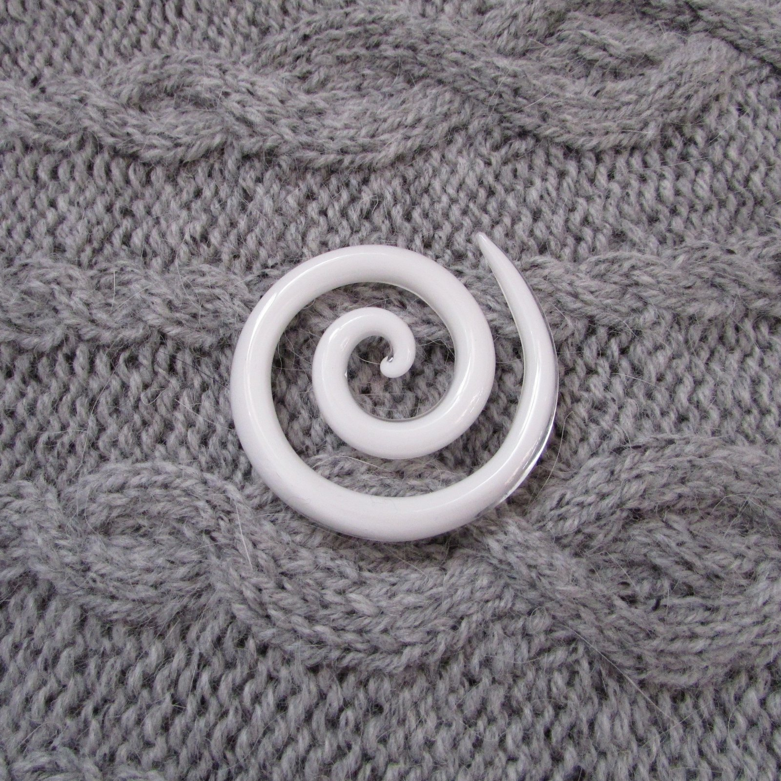 Moving Mud Spiral Shawl Pin