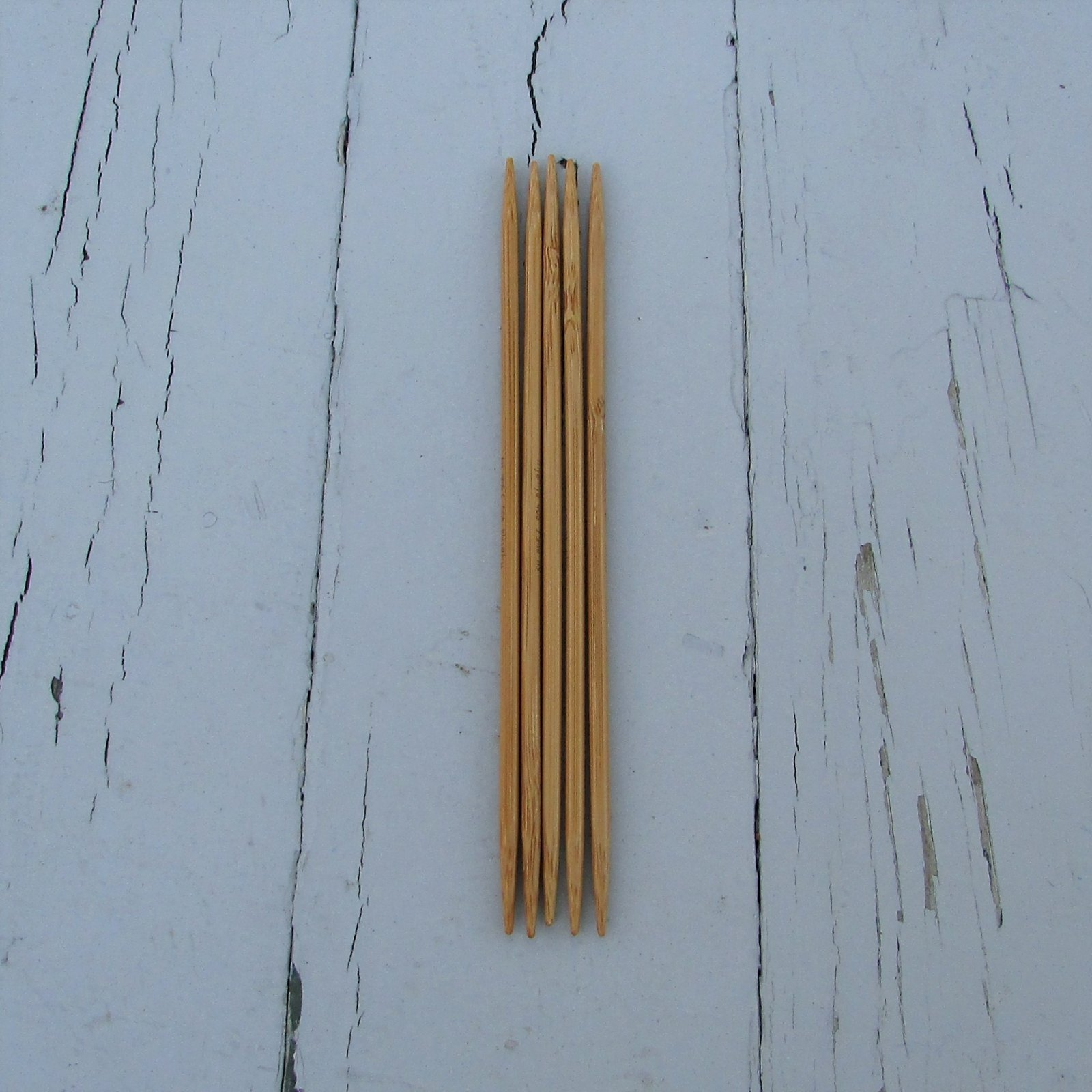 HiyaHiya 5 Bamboo DPNs