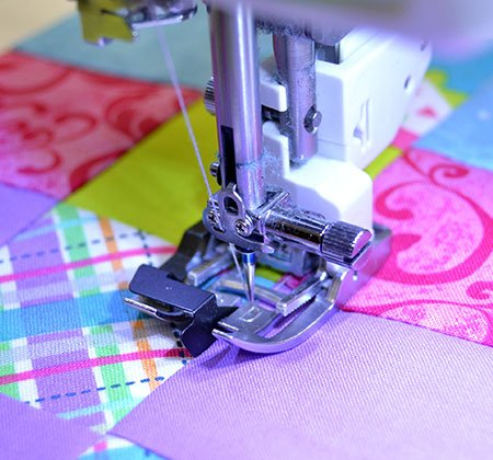 Janome - AcuFeed Ditch Quilting Foot