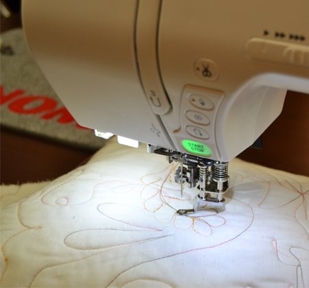 Janome - Convertible Free Motion Quilting Foot Set--for 1600P