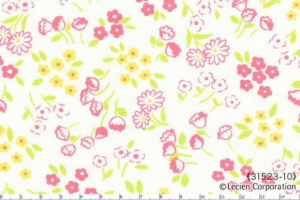 Lecien Old New 30s Flowers on Cream