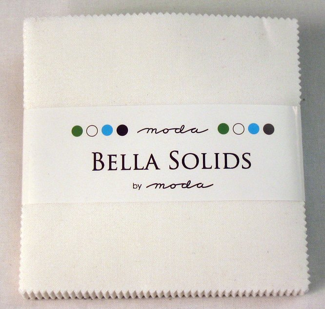 Bella Solids Charm Pack White 9900PP 98