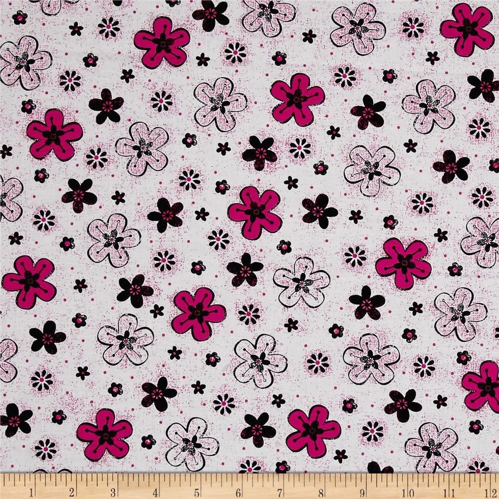 Quilting Treasures 1649-26022-Z En Vogue Tossed Flower White
