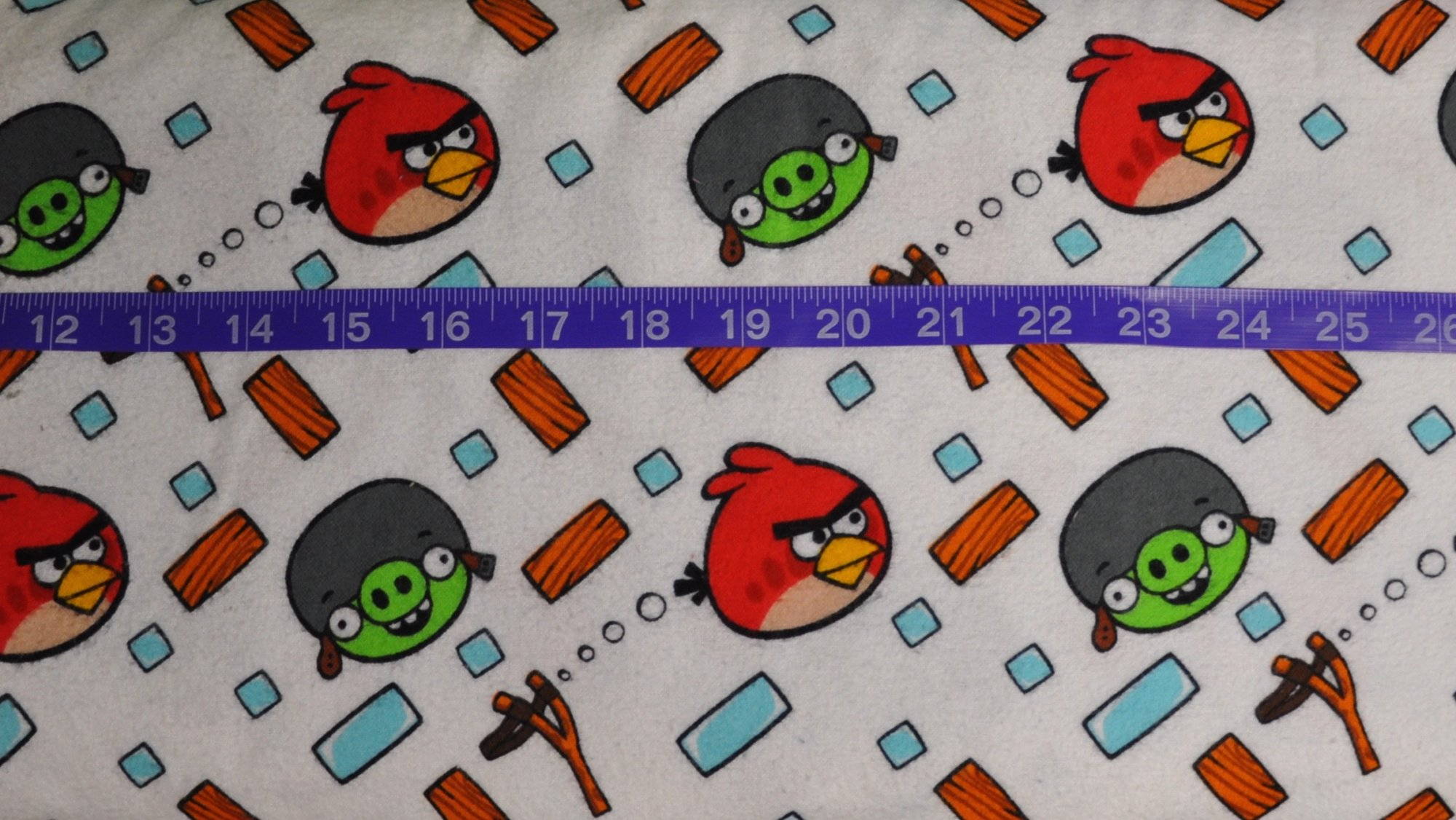 Angry Birds & Pigs White FLANNEL