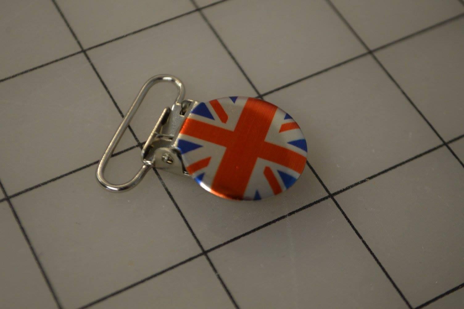 British Flag 1 Paci Clip