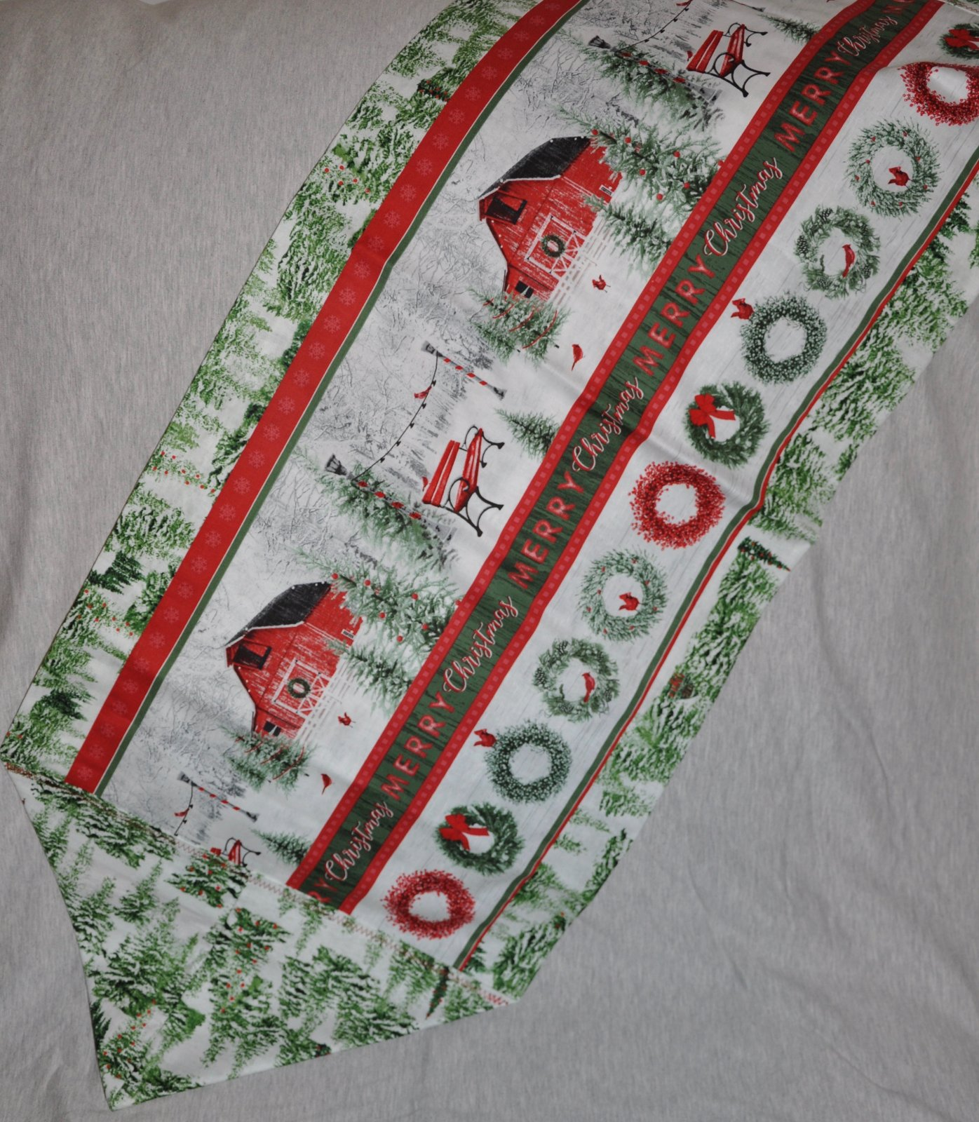 Holiday Wishes Stripe Table Runner Kit