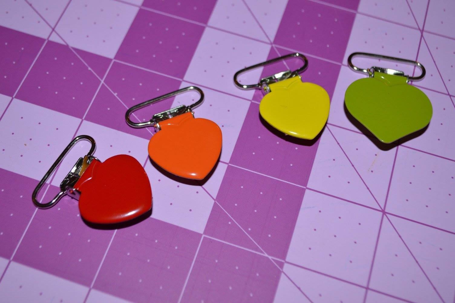 Heart 1 Paci Clip