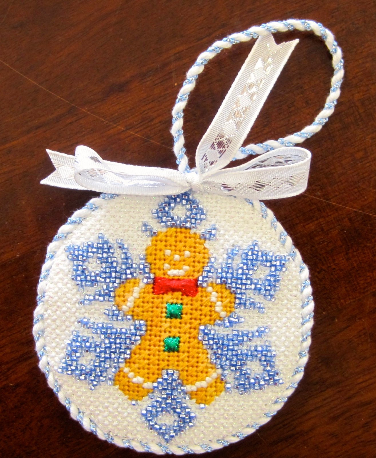 Gingerbread Boy Beaded Snowflake Stitch Guide
