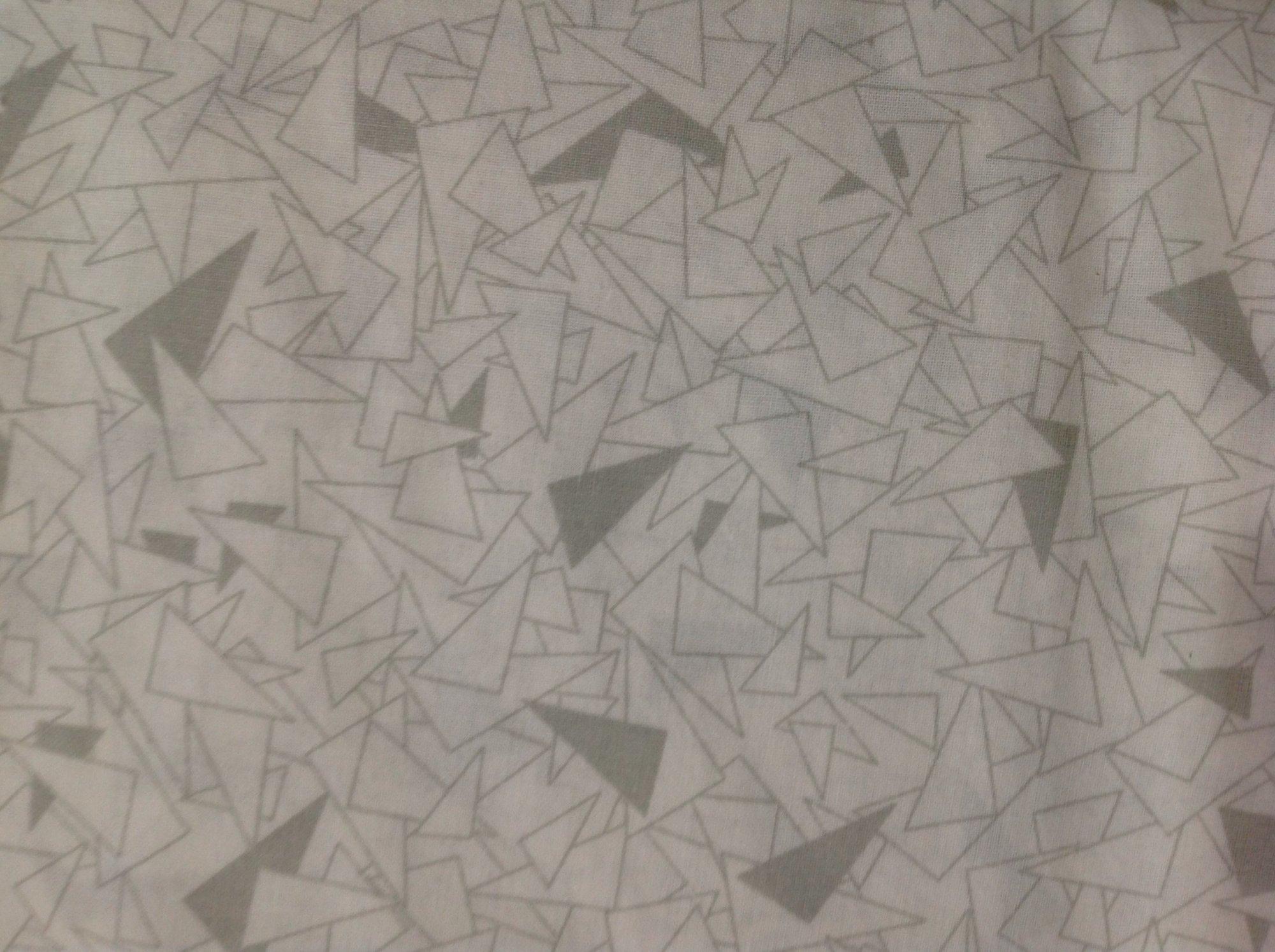 Gray Triangle Print 108