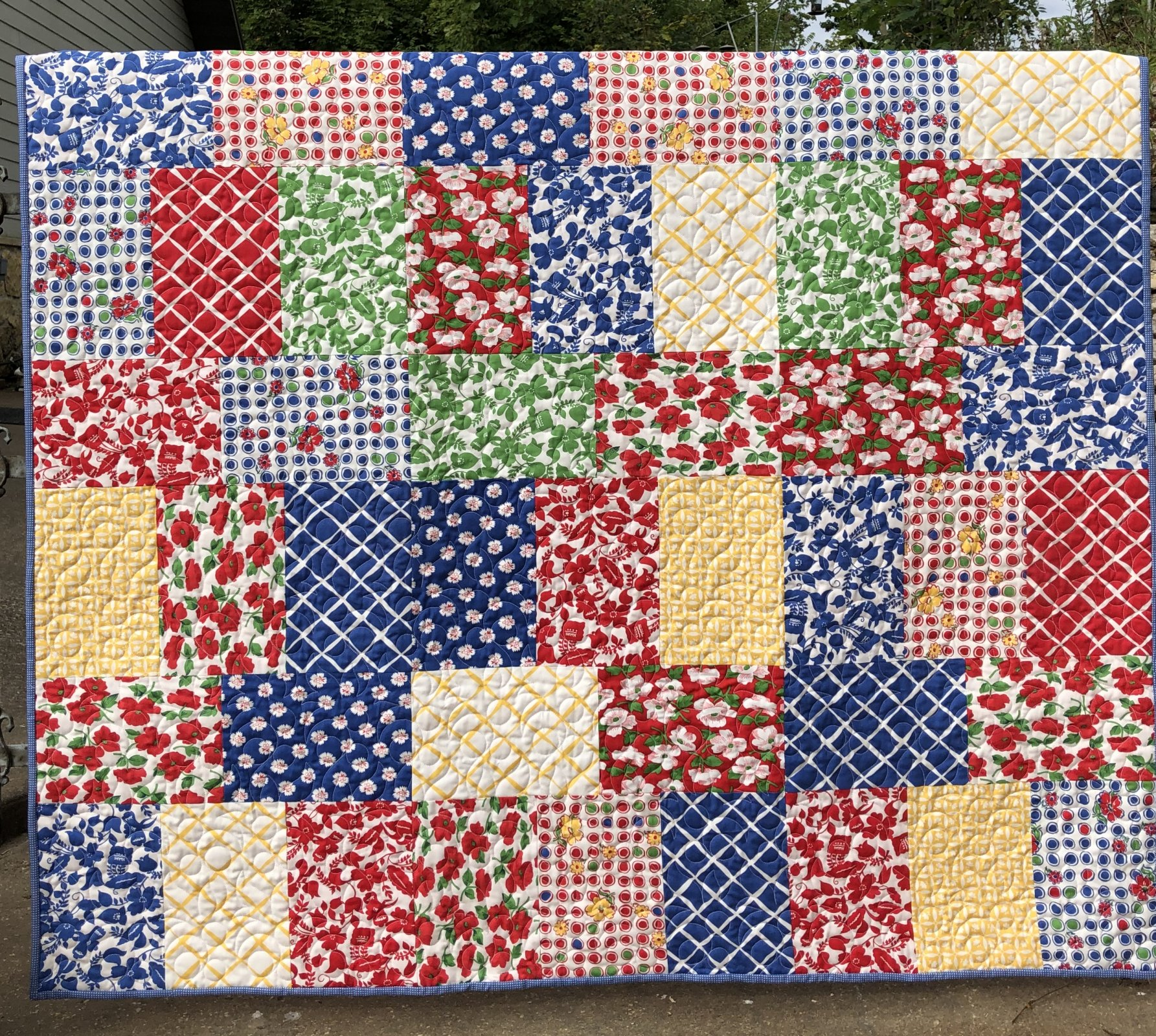 Red Rover Feed Sacks - Honey Bouquet Quilt 54x60