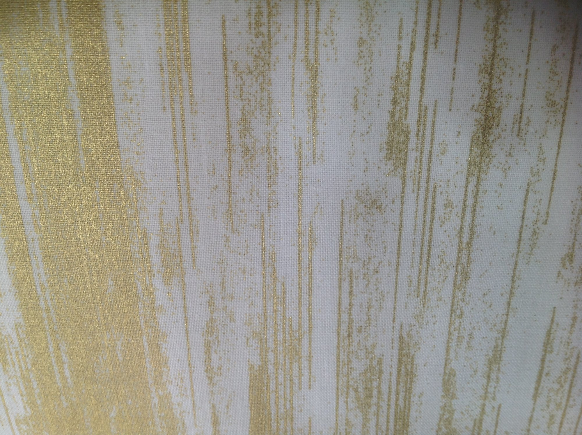 Metallic Texture Stripe Cream/Gold