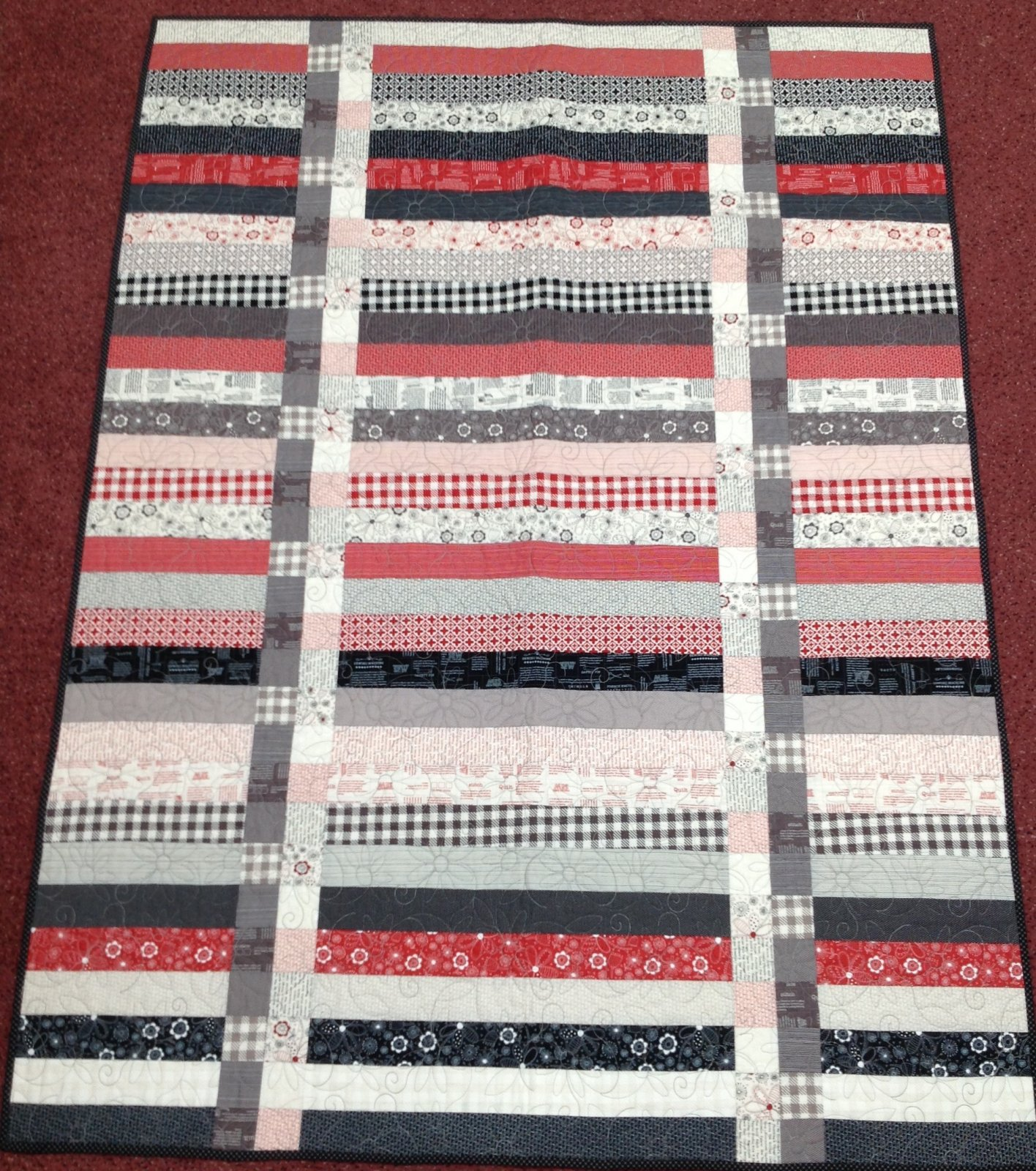Champagne Sewing Quilt 45x61