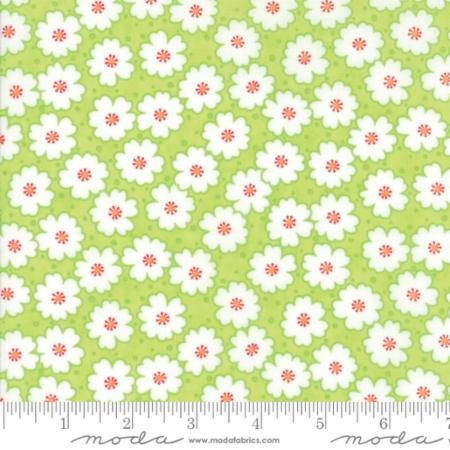 Flowers Fat Quarter - Green Badda Bing! Collection by Me & My Sister Designs for Moda Fabrics