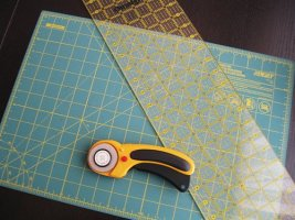 Cutting Quilt Fabric with Rotary Cutter, Cutting Mat & Quilting Ruler