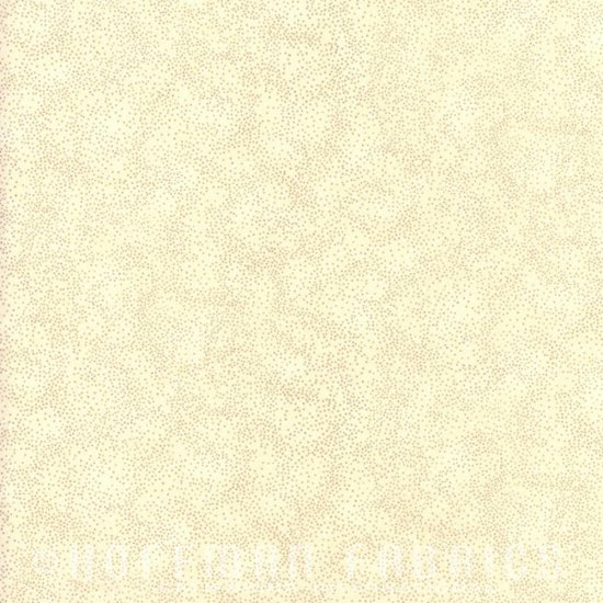 Brilliant Blender Fat Quarter - Ivory/Gold by Hoffman Fabrics