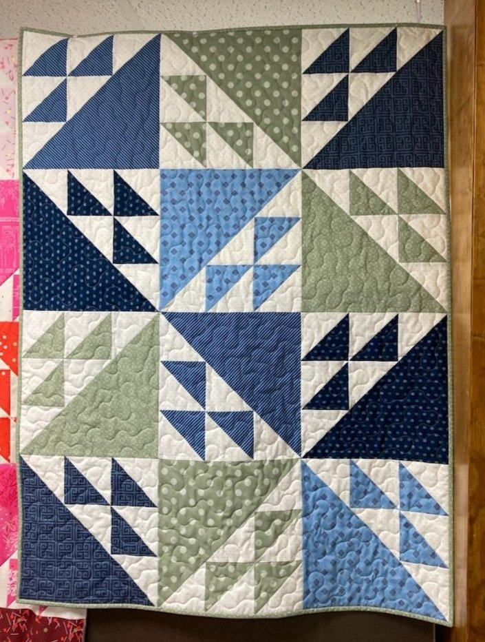 Crib Tail Feathers Quilt Kit