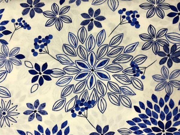 Fleurs De Bleu by Paintbrush Studios (120-15002)