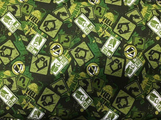 Batman - Battle over Gotham by Camelot Fabrics (23200107-03)