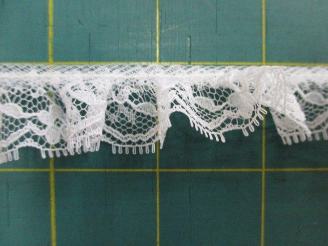 1 Ruffled Lace (30007)