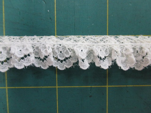 1/2 Ruffled Lace (30087)