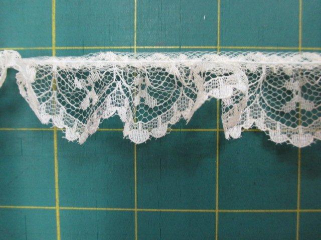 1 Ruffled Lace (30225)