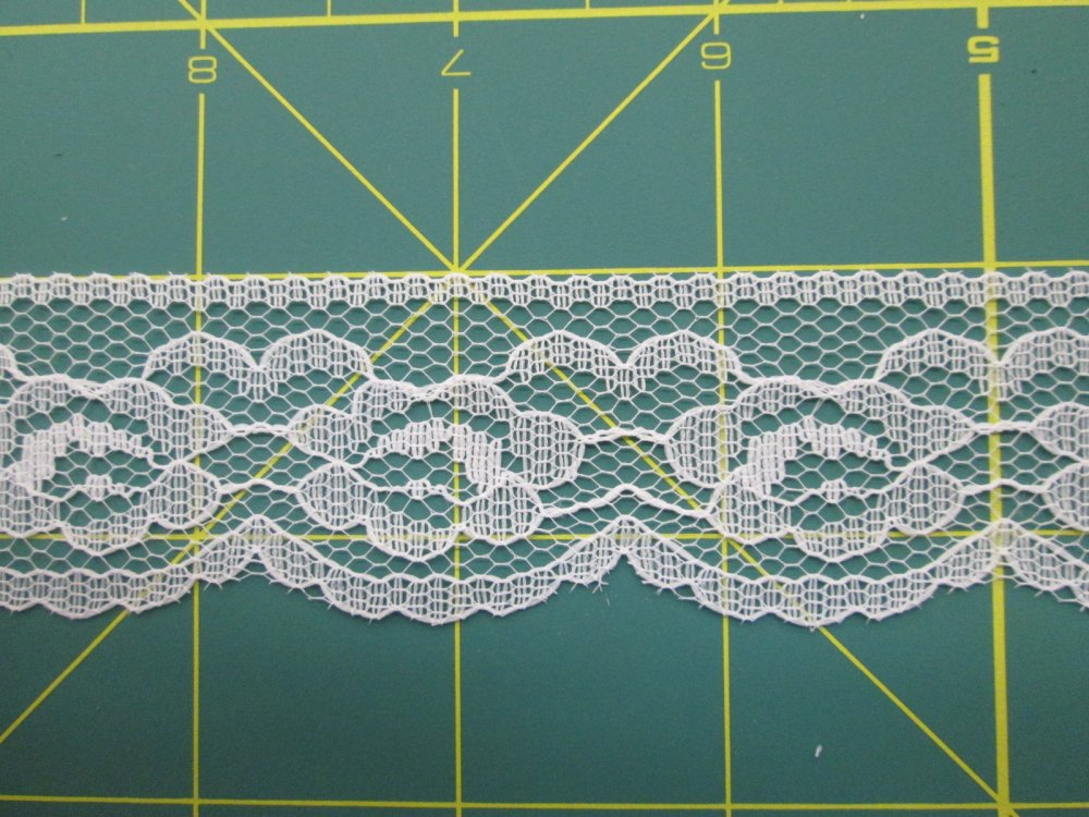 1 1/4 Flat Country lace (30250)