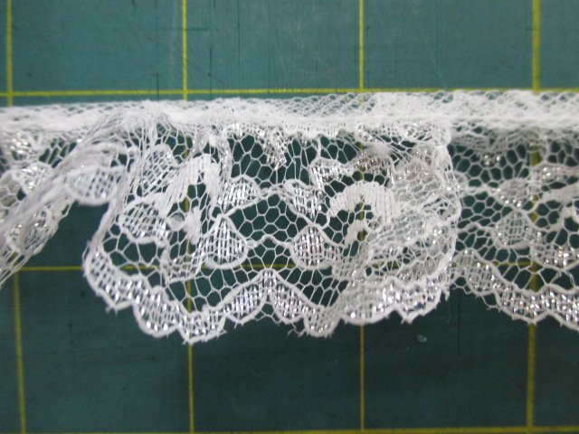 1 1/2 Silver Ruffled Lace (30449)
