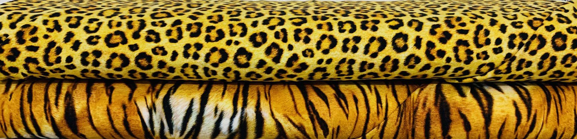 Animal Kingdom Knits by Robert Kaufman