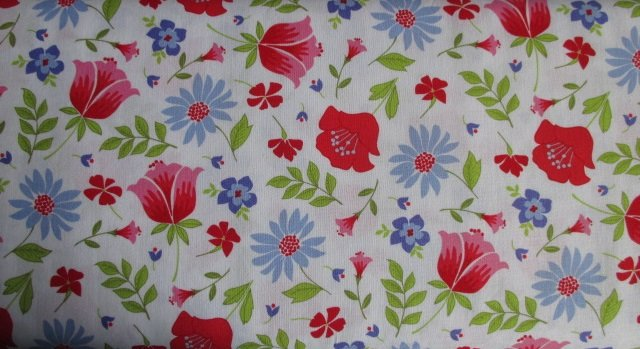 Meadow Sweets by Penny Rose Fabrics (C5650-WHITE)