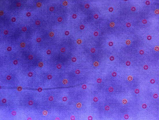 LB Basic Circle by Clothworks (Y1123-27M)