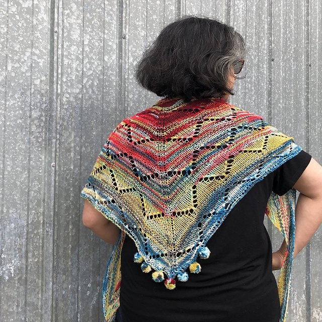 Rainbow Mountain Shawl - On Demand Class