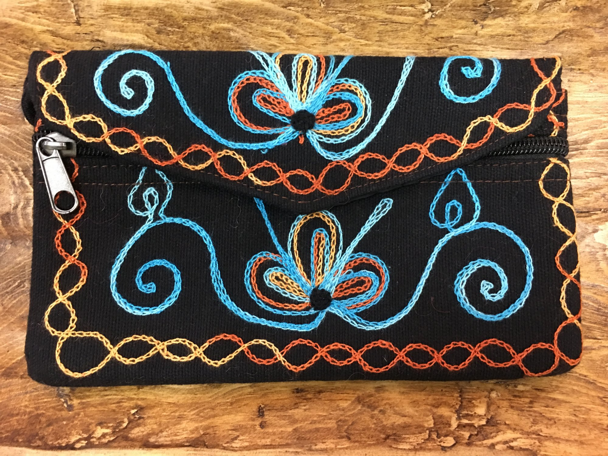 Embroidered Hand Purse