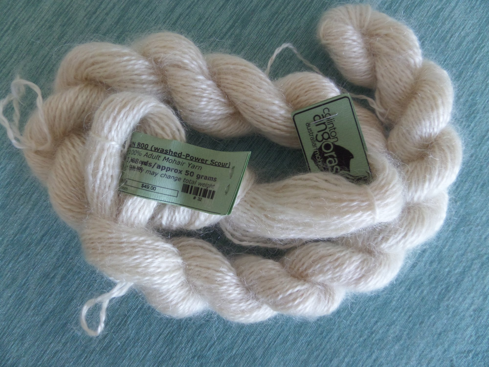 Colinton 800 yarn from Colinton Angoras