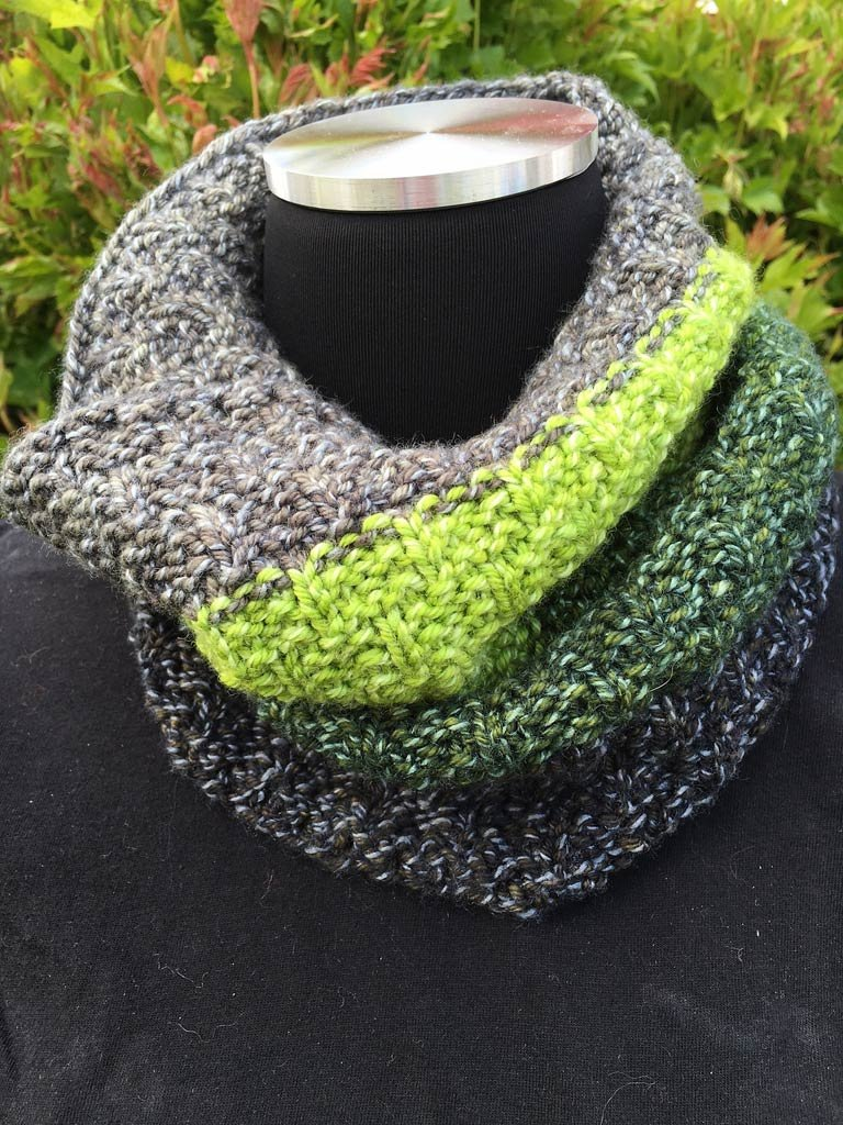 Missoula Cowl pattern for Perspectives yarn pack