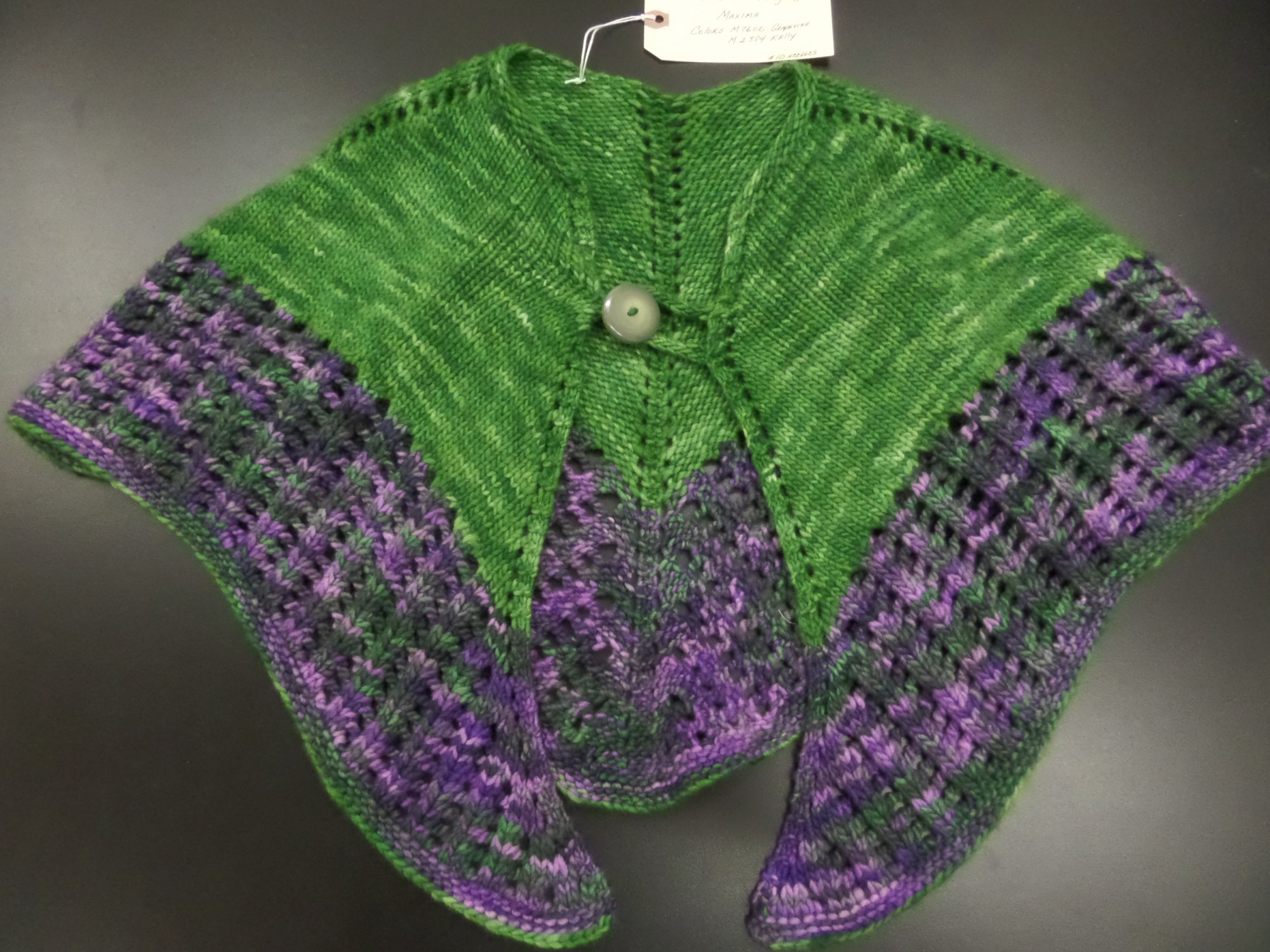 Colonnade shawl model in Maxima yarn from Manos del Uruguay