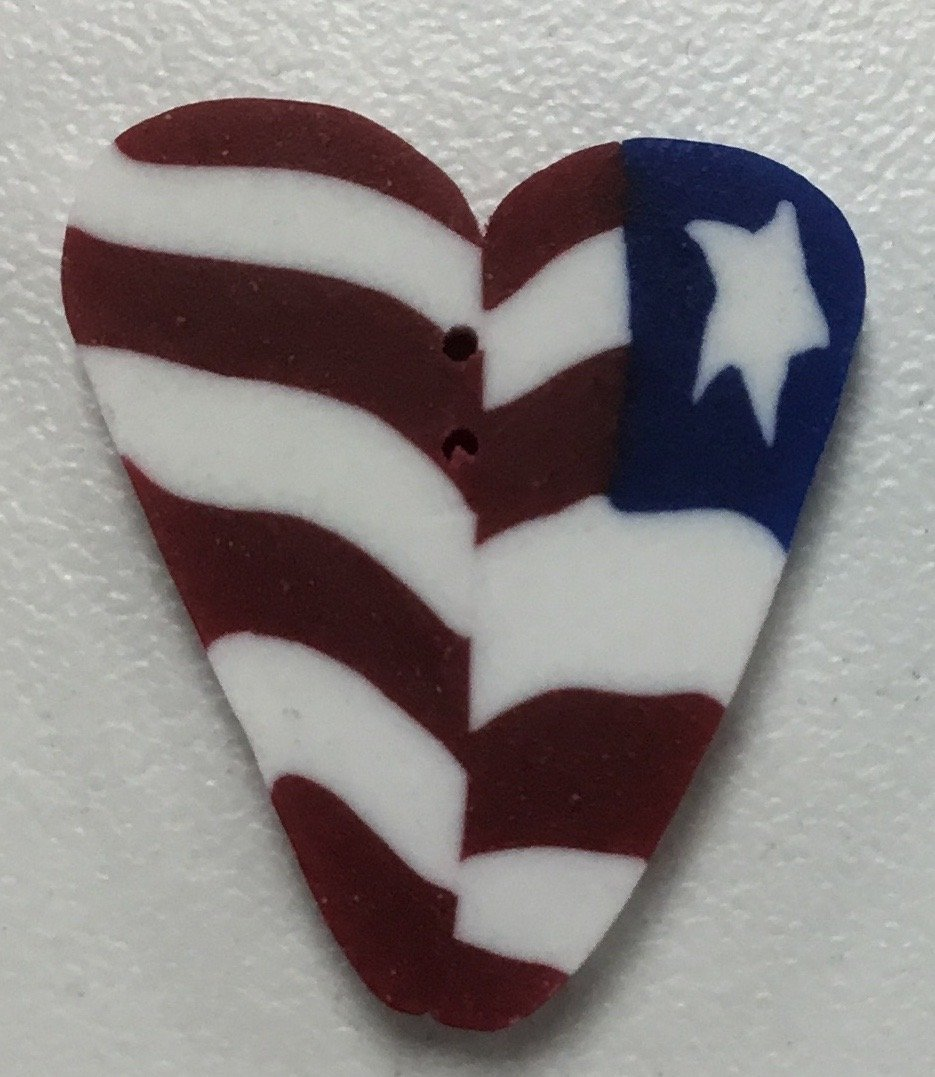 EXTRA LARGE LIBERTY HEART BUTTON, .75 x .75