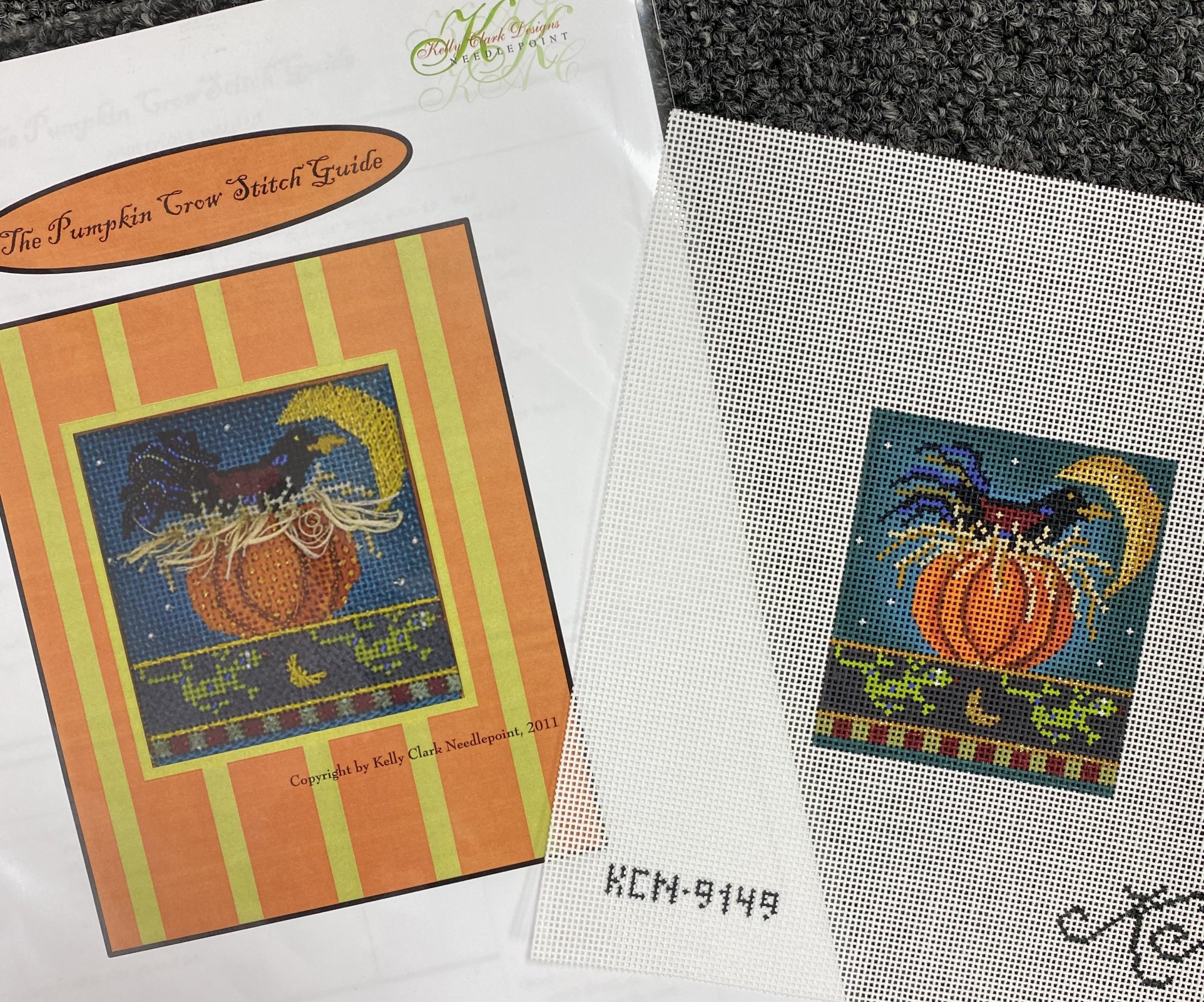 Pumpkin Crow, and Stitch Guide,18 ct.,3x3.25