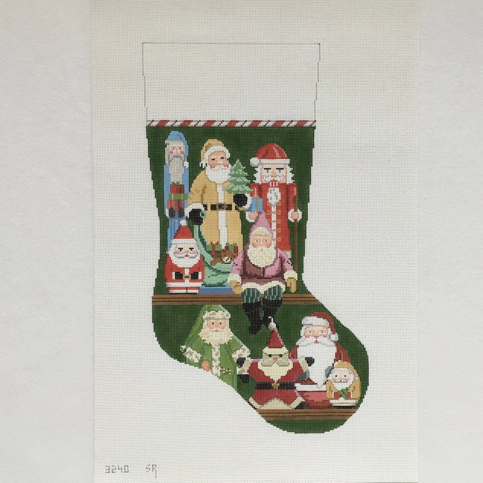 3240 Santa Collection Stocking