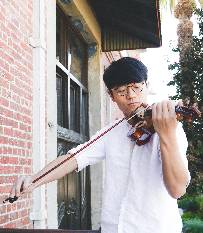 Ryan Cheung (violin)