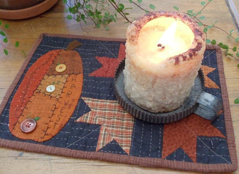 Crazy Pumpkin Candle Mat