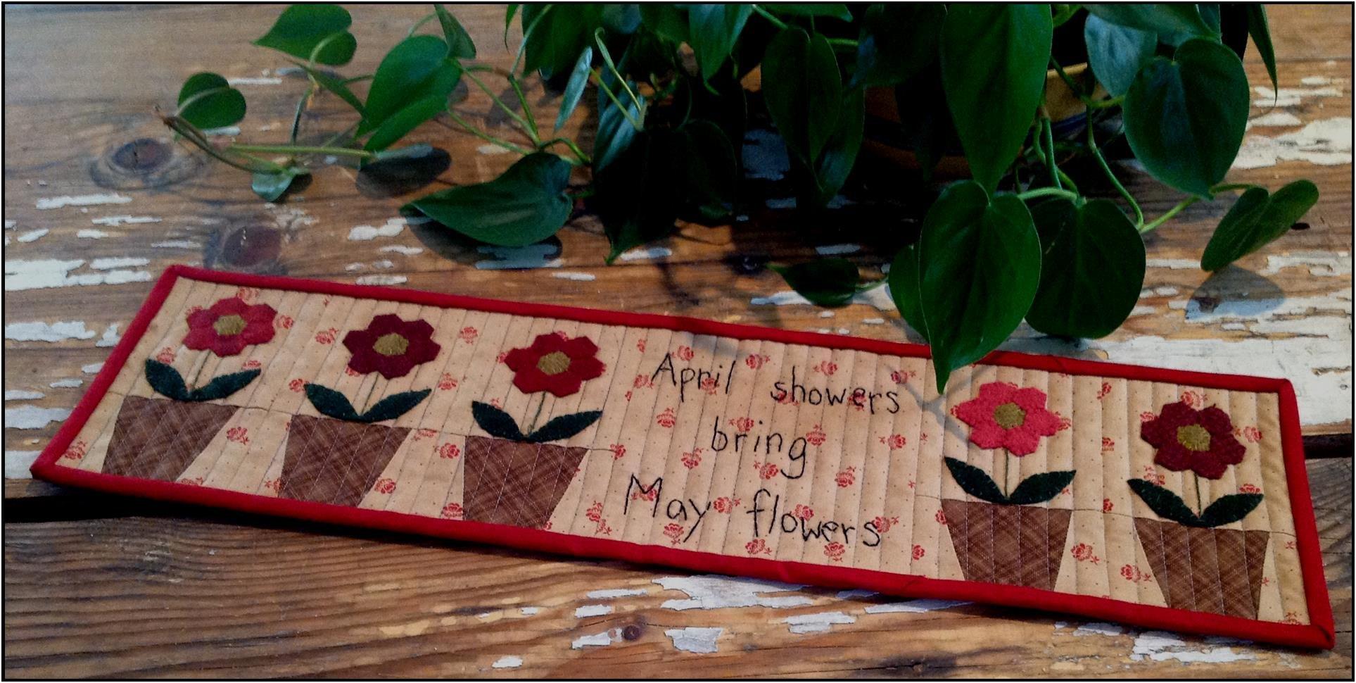 May Flowers Mini Runner
